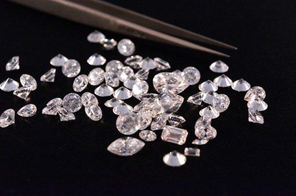 Aangepaste diamanten fotolijst